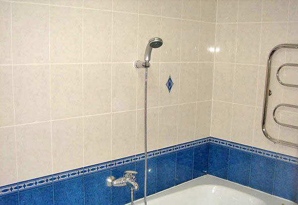 Отделка кафелем ванной комнаты