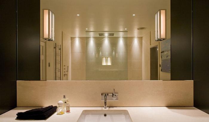 Свет и цвет в ванной комнате