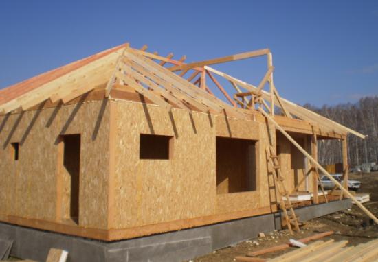Сборка дома из СИП-панелей – опыт запада