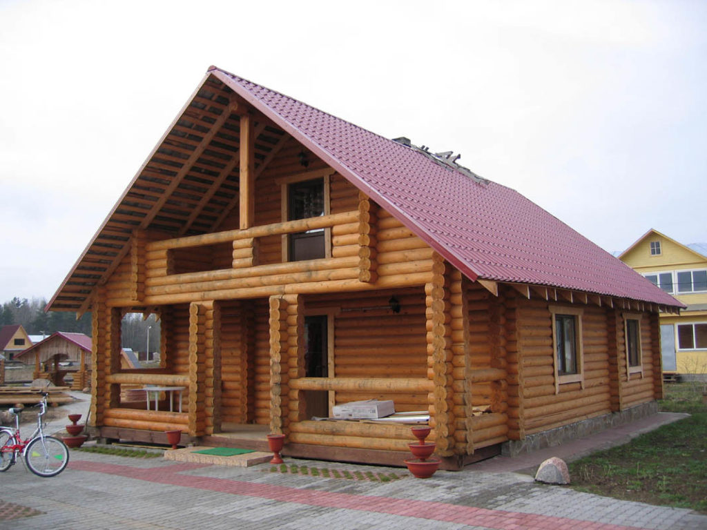 Дом и з бревна