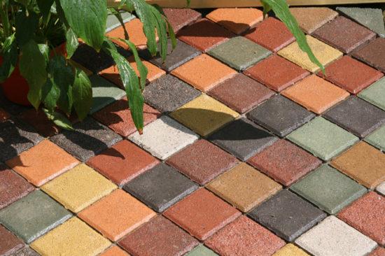 Краска для тротуарной плитки – это безумие или практичность?
