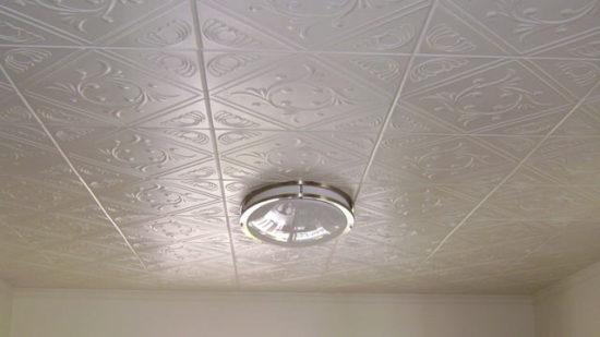Клеевые потолки: достоинства и недостатки