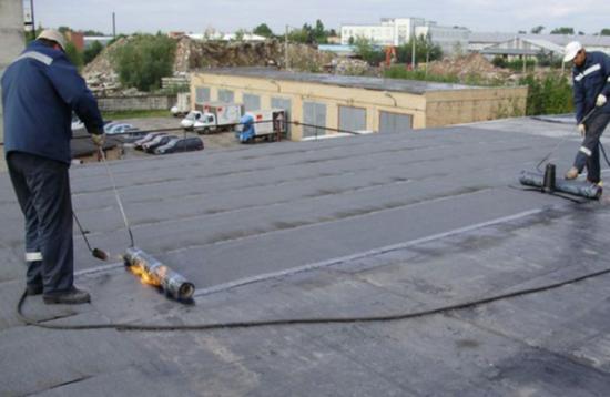 Кровельный рубероид – основа для любой крыши