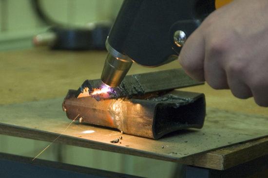 Плазменный сварочный аппарат – как он творит
