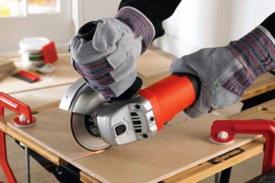 Ручной плиткорез для керамогранита: правила работы с инструментом