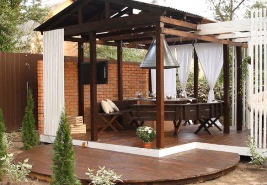 Терраса на даче – летняя кухня своими руками